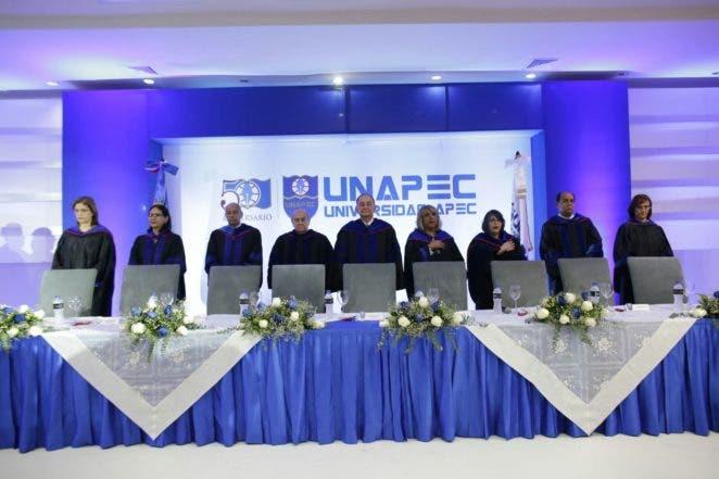 Foto 1 - Autoridades de UNAPEC