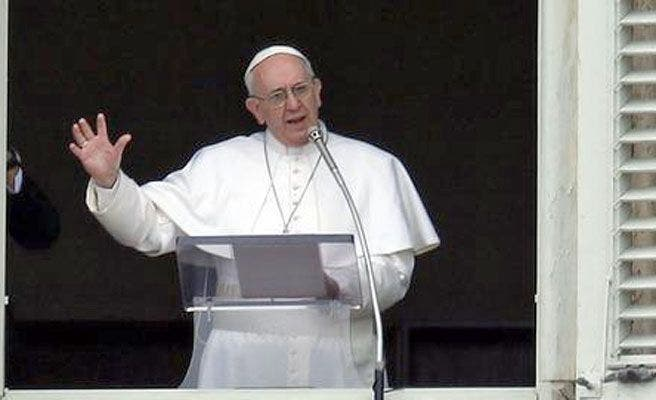 """El Papa condena el """"brutal acto de violencia sin sentido"""" de Pakistán"""
