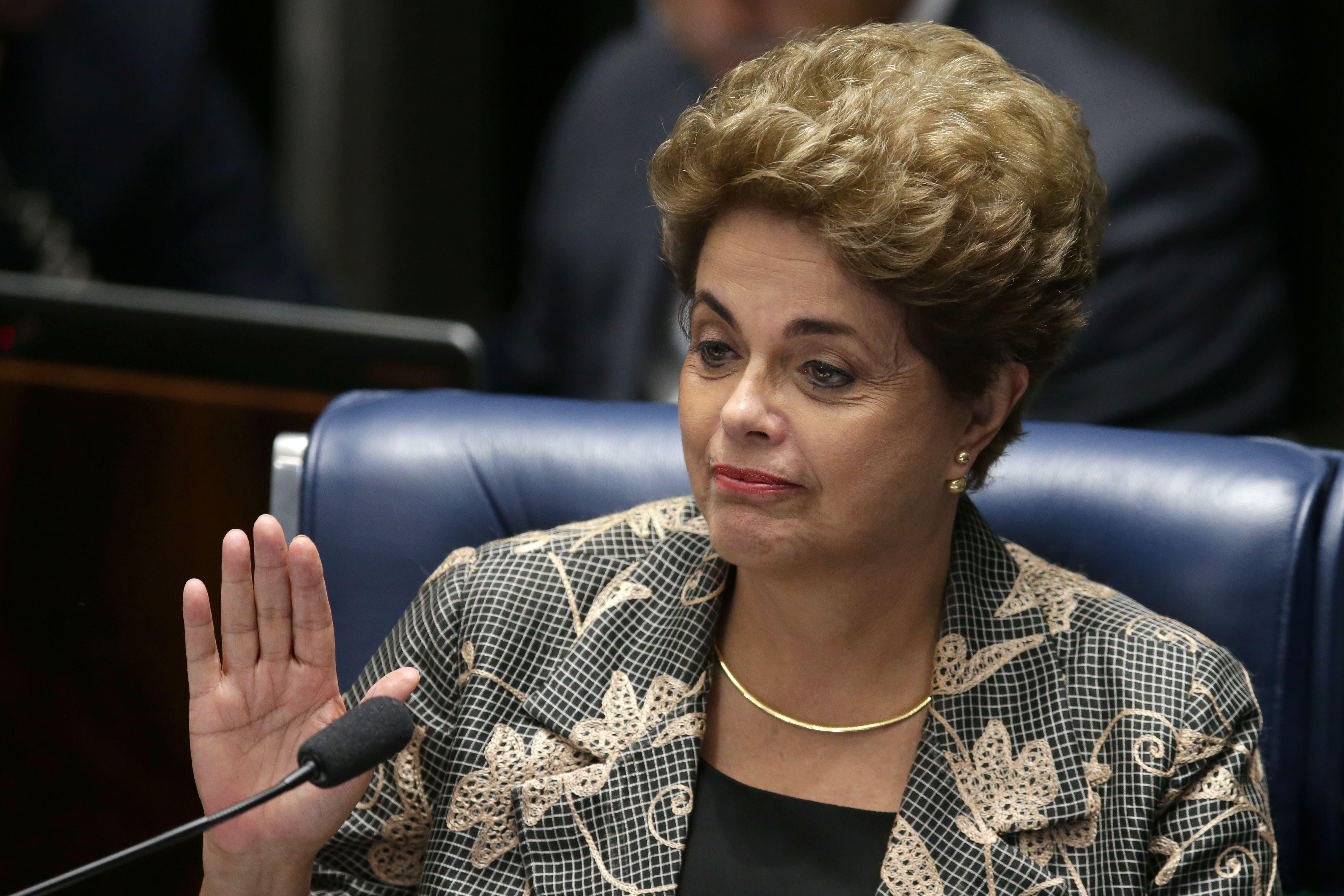 Caída de Rousseff no dio respiro a un Brasil ahogado por crisis y corrupción