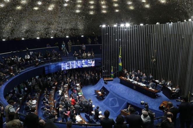 Senado de Brasil decide destituir de la presidencia a Dilma Rousseff