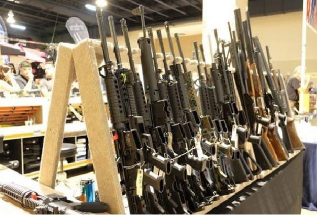 Un expolicía se declara culpable de traficar armas de Miami a República Dominicana
