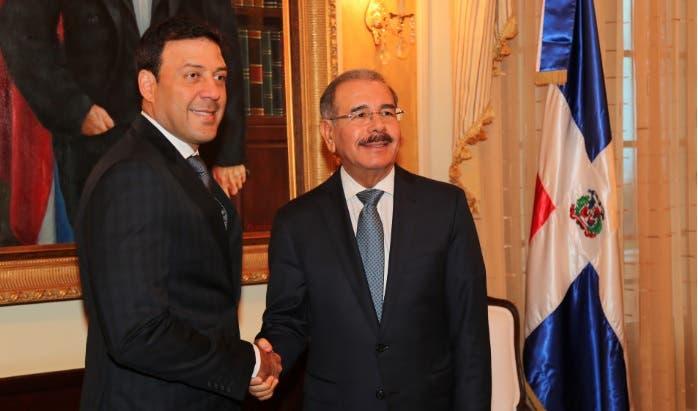 Danilo Medina y Víctor Suárez