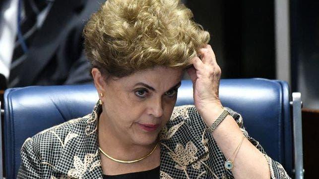 Supremo rechaza pedido de Rousseff para echar atrás su destitución