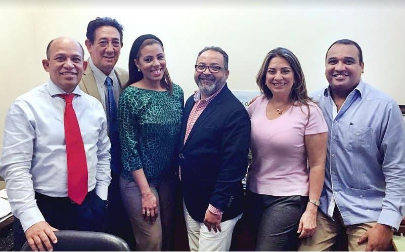 Guillermo Tejada y equipo