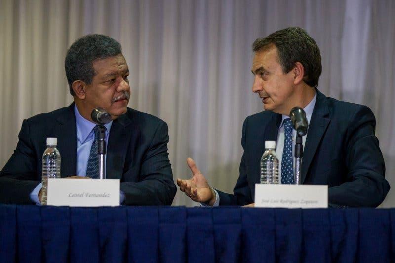 Unasur y expresidentes llaman a la manifestación pacífica en Venezuela