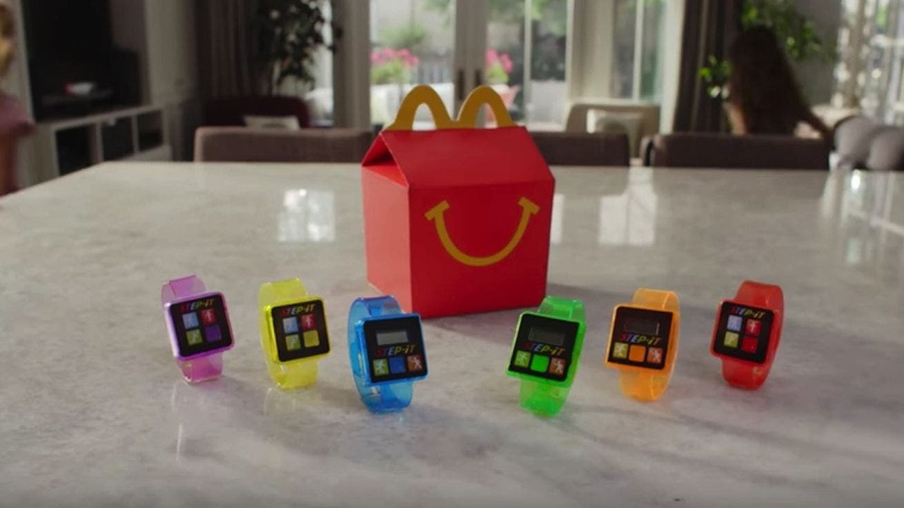McDonald's retira millones de pulseras fitness