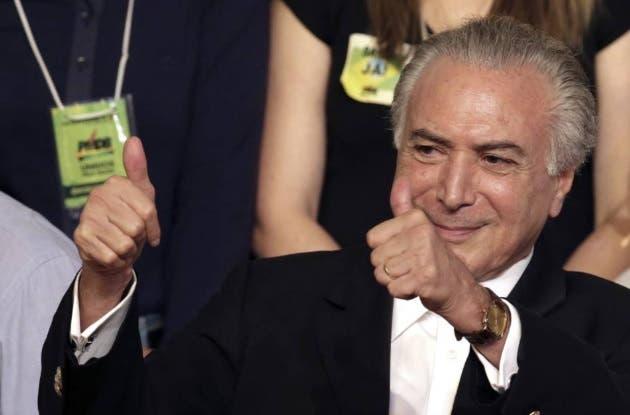 Defensa de Rousseff apela ante Corte Suprema contra destitución en Brasil