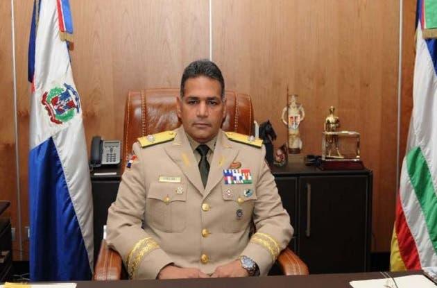Ministro de Defensa garantiza habrá ascenso en todos los rangos