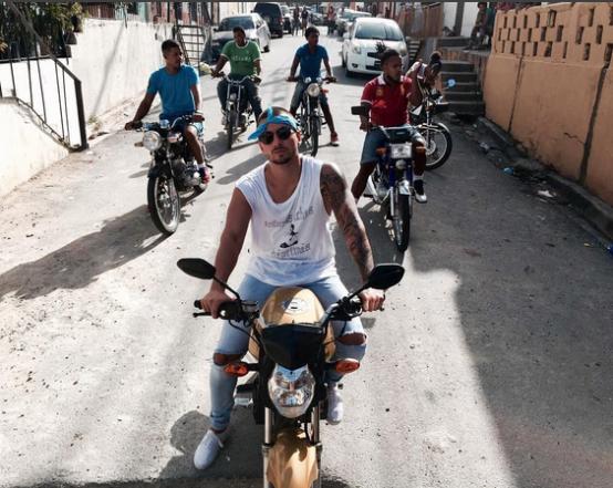 'Sin contrato', el nuevo videoclip de Maluma que se estrenó este viernes