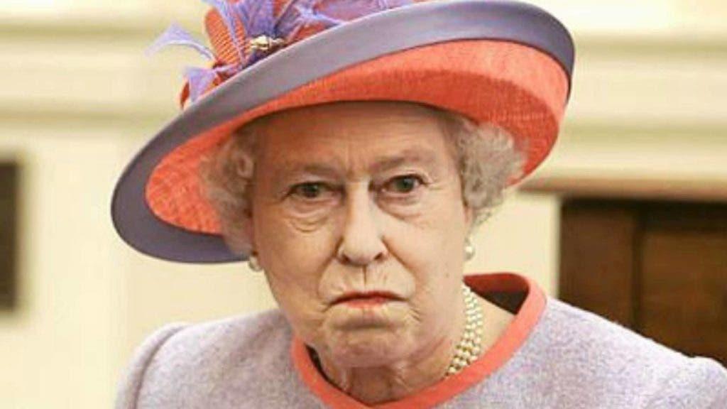 La reina Isabel II .