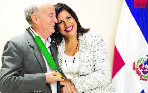 16_09_2016 HOY_VIERNES_160916_ El País11 A