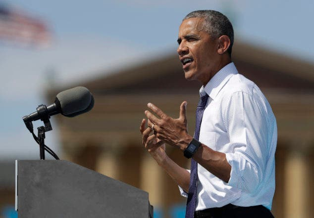 President Barack Obama speaks at campaign event for Democratic presidential candidate Hillary Clinton, Tuesday, Sept. 13, 2016, at Eakins Oval, in Philadelphia. (AP Photo/Carolyn Kaster)