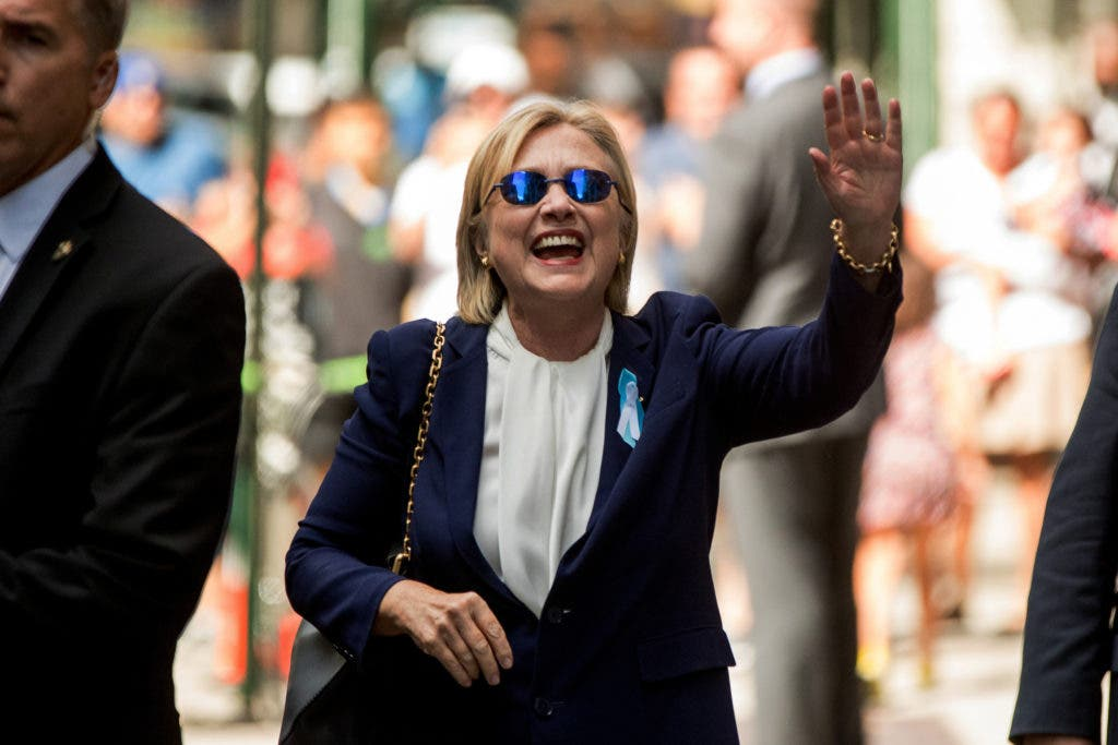 Hillary Clinton comenzó a calentar los motores para atraer a los jóvenes estadounidenses.