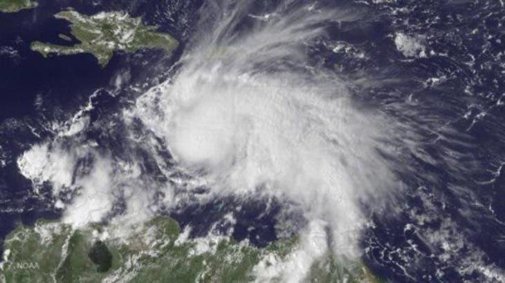 El huracán Matthew sube a categoría 4 y amenaza a Colombia, Cuba y Jamaica