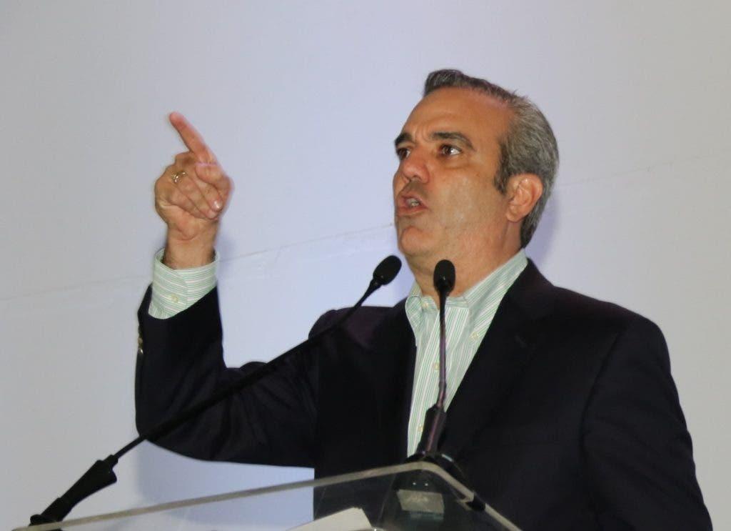 El ex candidato presidencial Luis Abinader.