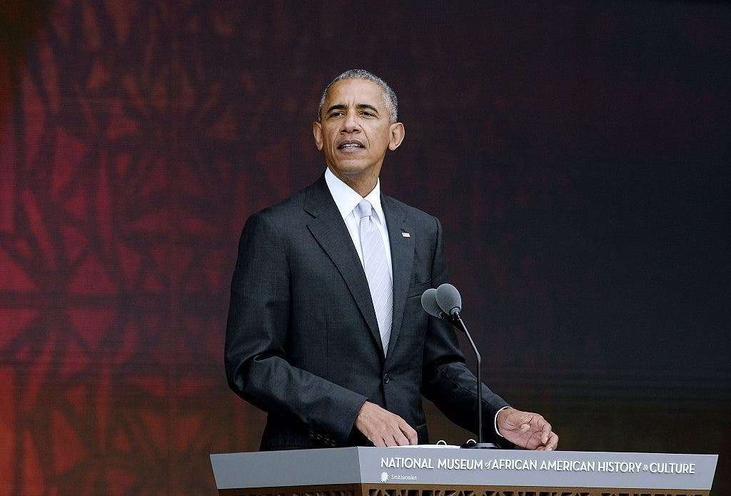 Obama inaugura museo afro-estadounidense en medio de conflicto racial en EEUU