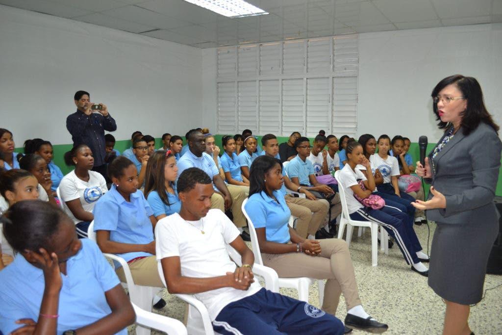 Jornada de educación y  sensibilización para la protección, al buen trato y respeto de los derechos de los adultos mayores