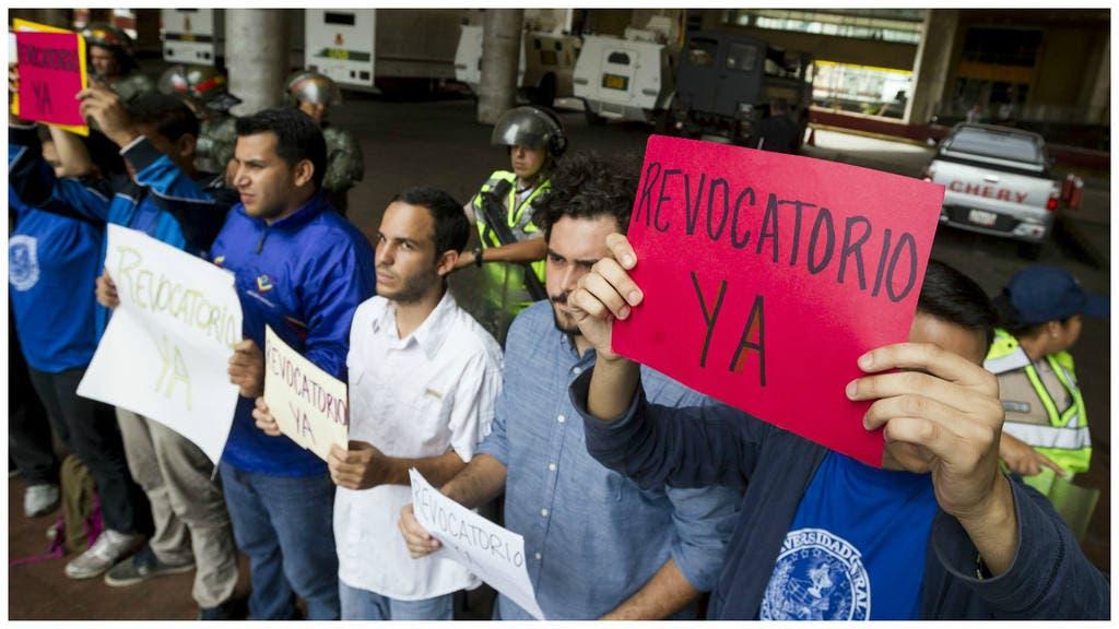 Venezuela: Oposición convoca marcha para presionar referendo