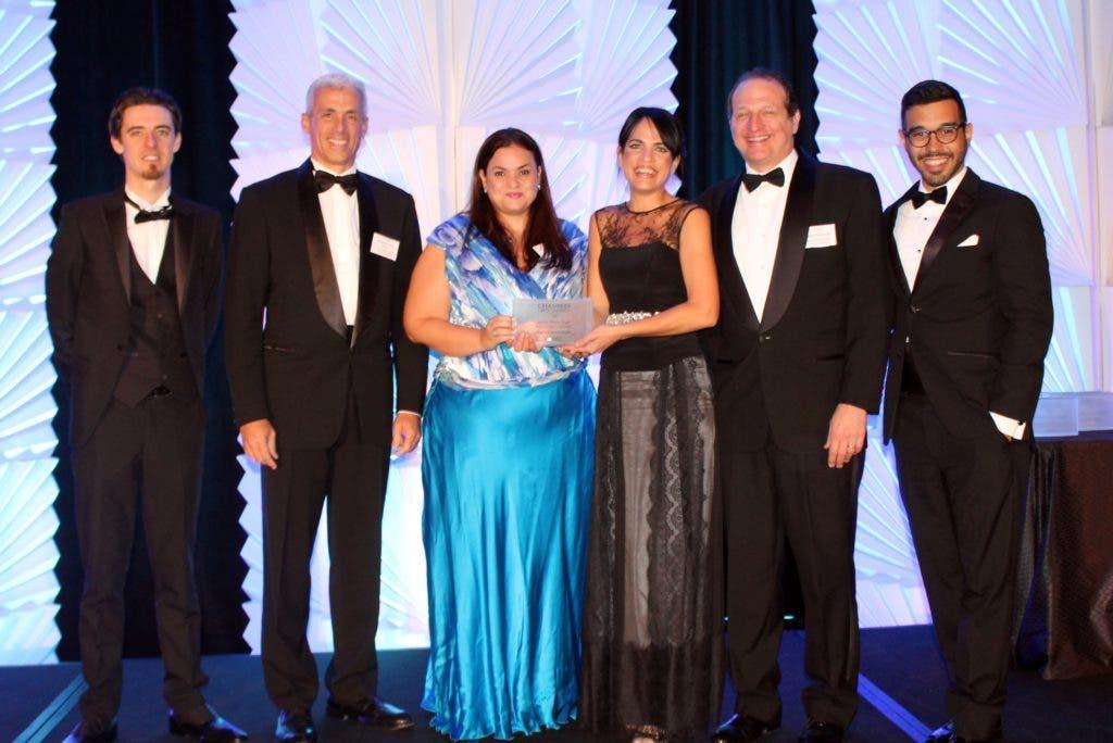 Squire Patton Boggs Recibe Premio de Servicio al Cliente para la República Dominicana