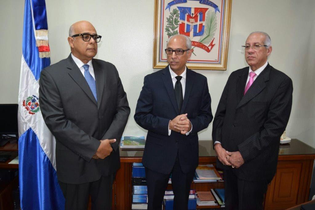 El general Rafael Guerrero Peralta fue posesionado hoy como presidente del Consejo Nacional de Drogas (CND).