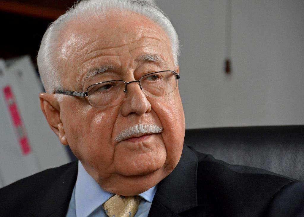 El Ministro de Energía y Minas Antonio Isa Conde