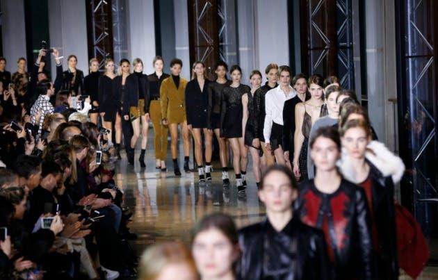 Dior, Saint Laurent y Lanvin presentan a sus nuevos diseñadores en París