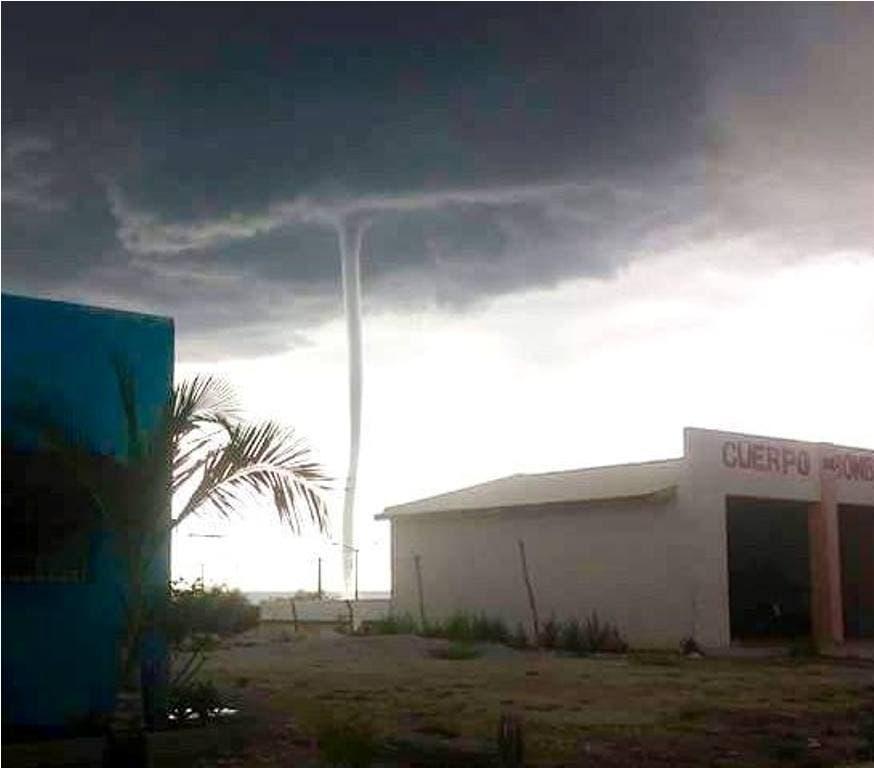 Video : Tuiteros reportan impresionante tornado en Jimaní