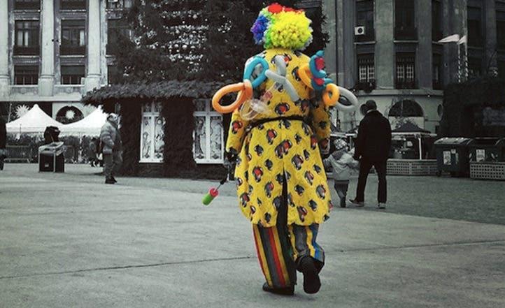 Niño apuñala a otro que llevaba máscara de payaso en Berlín