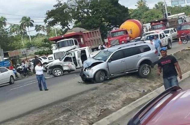 Accidente en autopista Duarte