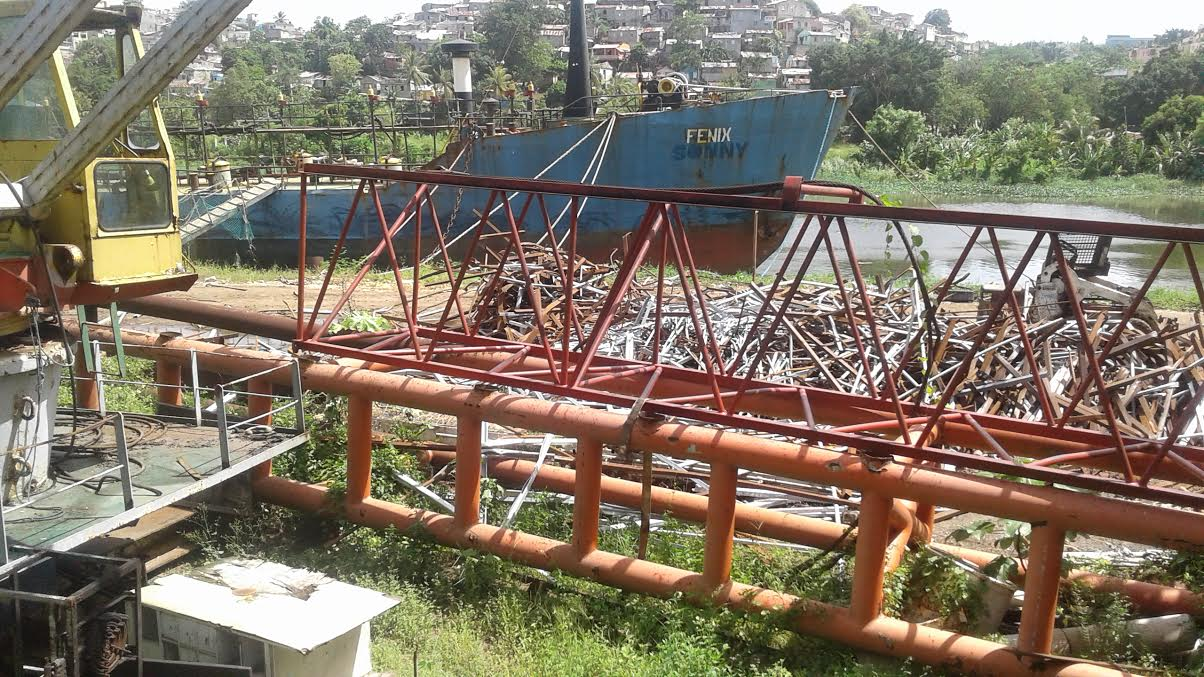 Autoridades dicen toman medidas para hacer cumplir resolución sobre desguace de barcos