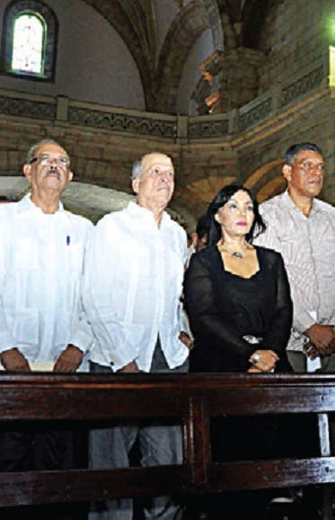 Bloque opositor se reúne con empresarios Santiago