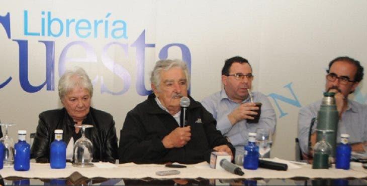 Pepe Mujica recibe reconocimiento doctor honoris causa de la UASD