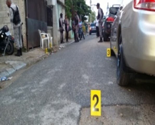 Policía Nacional mata a dos supuestos delincuentes en La Vega