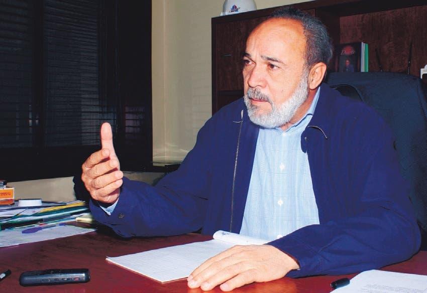 El director de la OISOE, ingeniero Francisco Pagán.