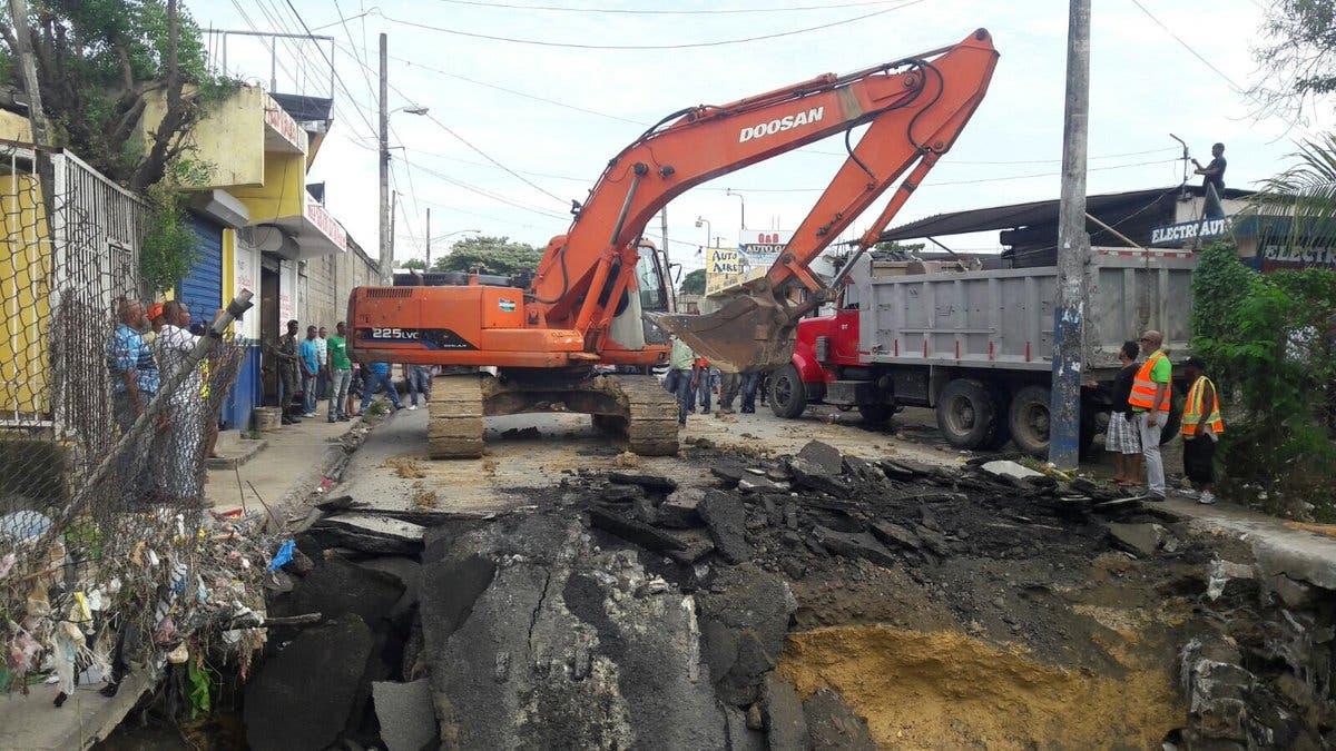 Alcalde explica derrumbe del puente de Los Guaricanos