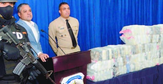 La DNCD decomisa 198 paquetes de drogas en las costas de Higüey