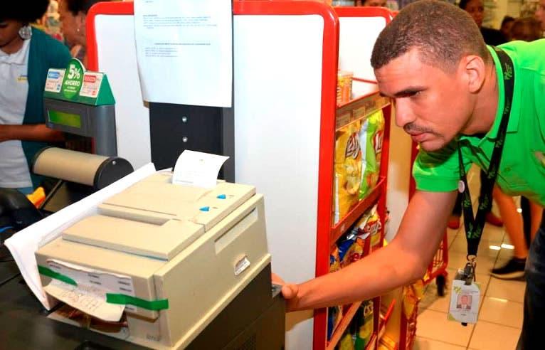 """DGII denuncia casos de incumplimientos en ventas del """"Viernes Negro»"""