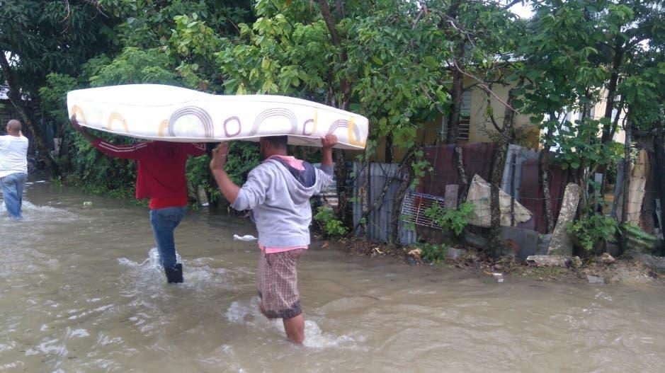 Desplazados por lluvias
