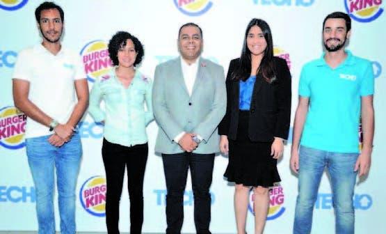 Ejecutivos de Burger King y de Techo - República Dominicana