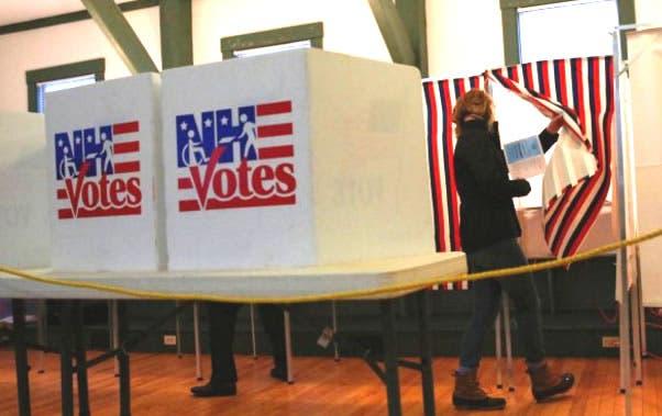El Gobierno de EE.UU. vigilará las votaciones en 28 estados