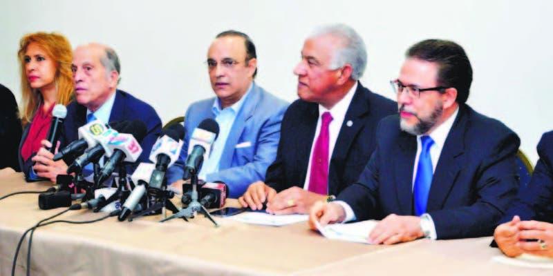 Los opositores dijeron que estarán v¡gilantes frente al accionar de los nuevos miembros de la JCE