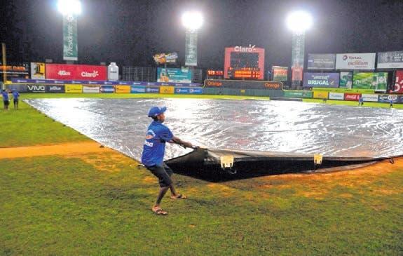 Por causa lluvias suspenden juegos