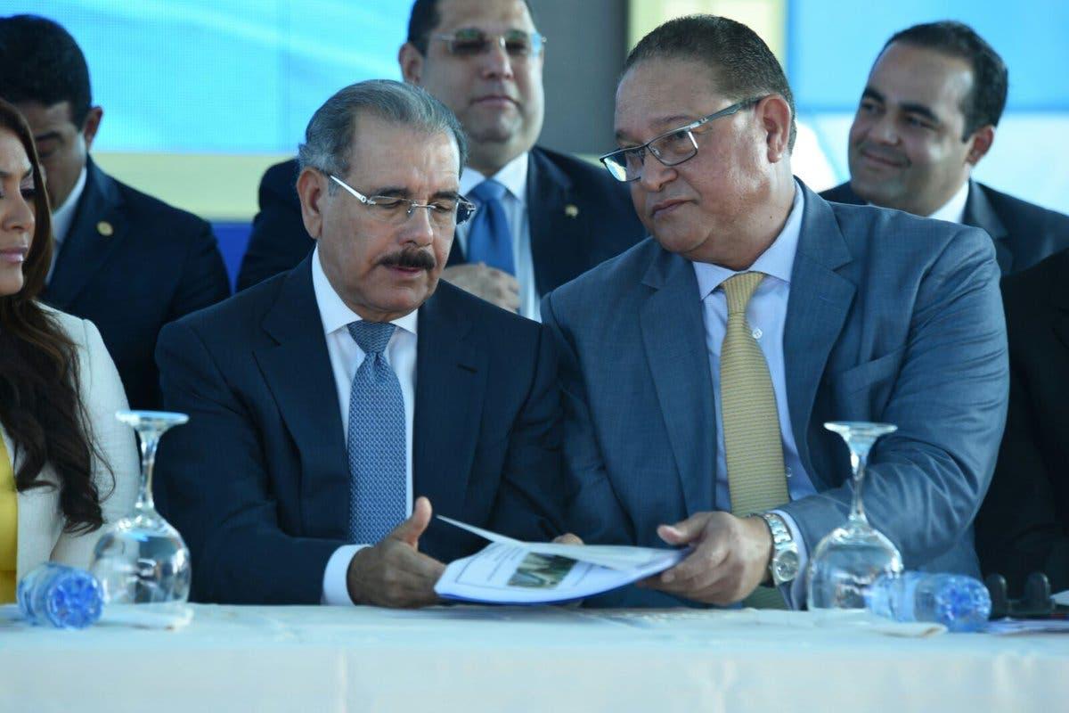 Danilo Medina entrega primera fase del Acueducto Oriental