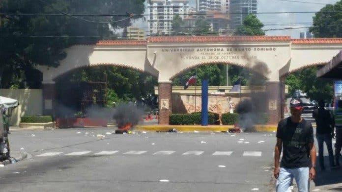 UASD suspende docencia por disturbios
