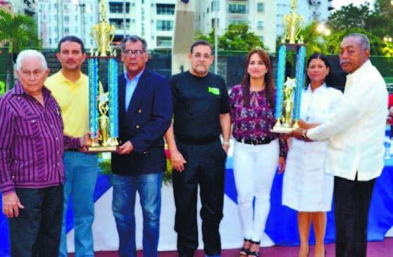 """Sanna y Pérez, los electos """"a tletas del Año"""" en Naco"""