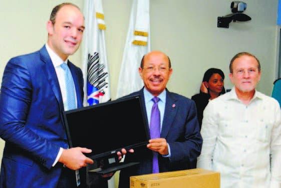 Indotel donará computadoras a 1,500 mipyme del país