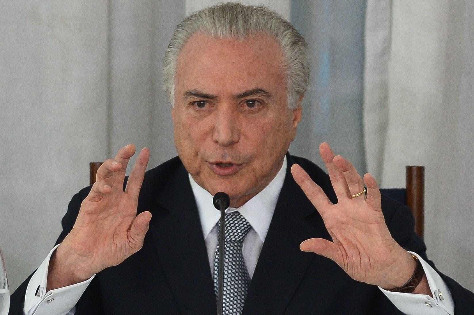 """Temer garantiza que terminará su mandato y entregará un Brasil """"en orden»"""