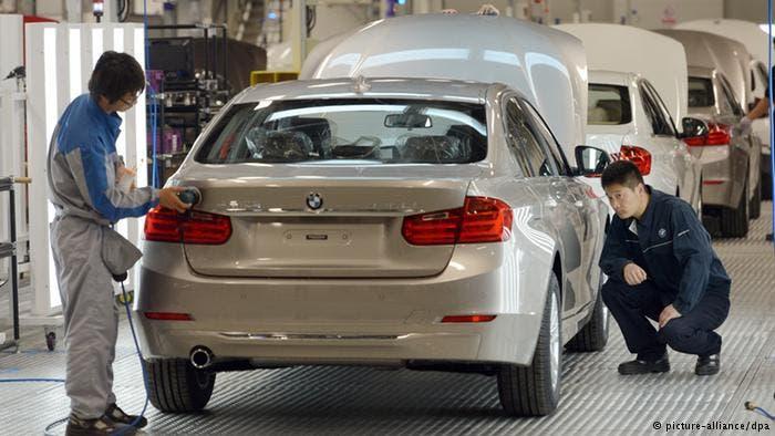 BMW llamará a revisión de 194.000 vehículos por defectos en airbags