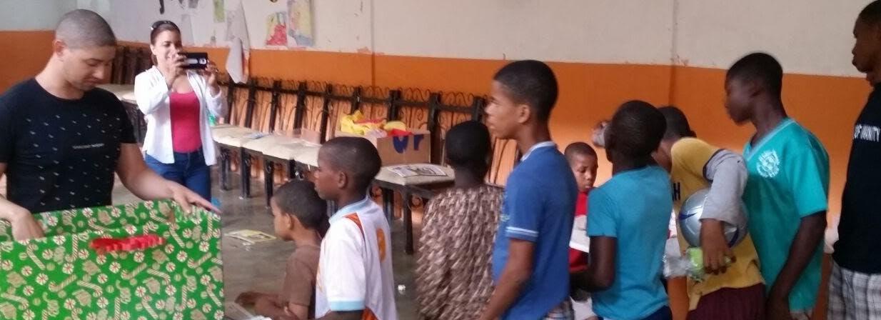Métele Mano lleva cultura y  alegría a niños de San Cristóbal