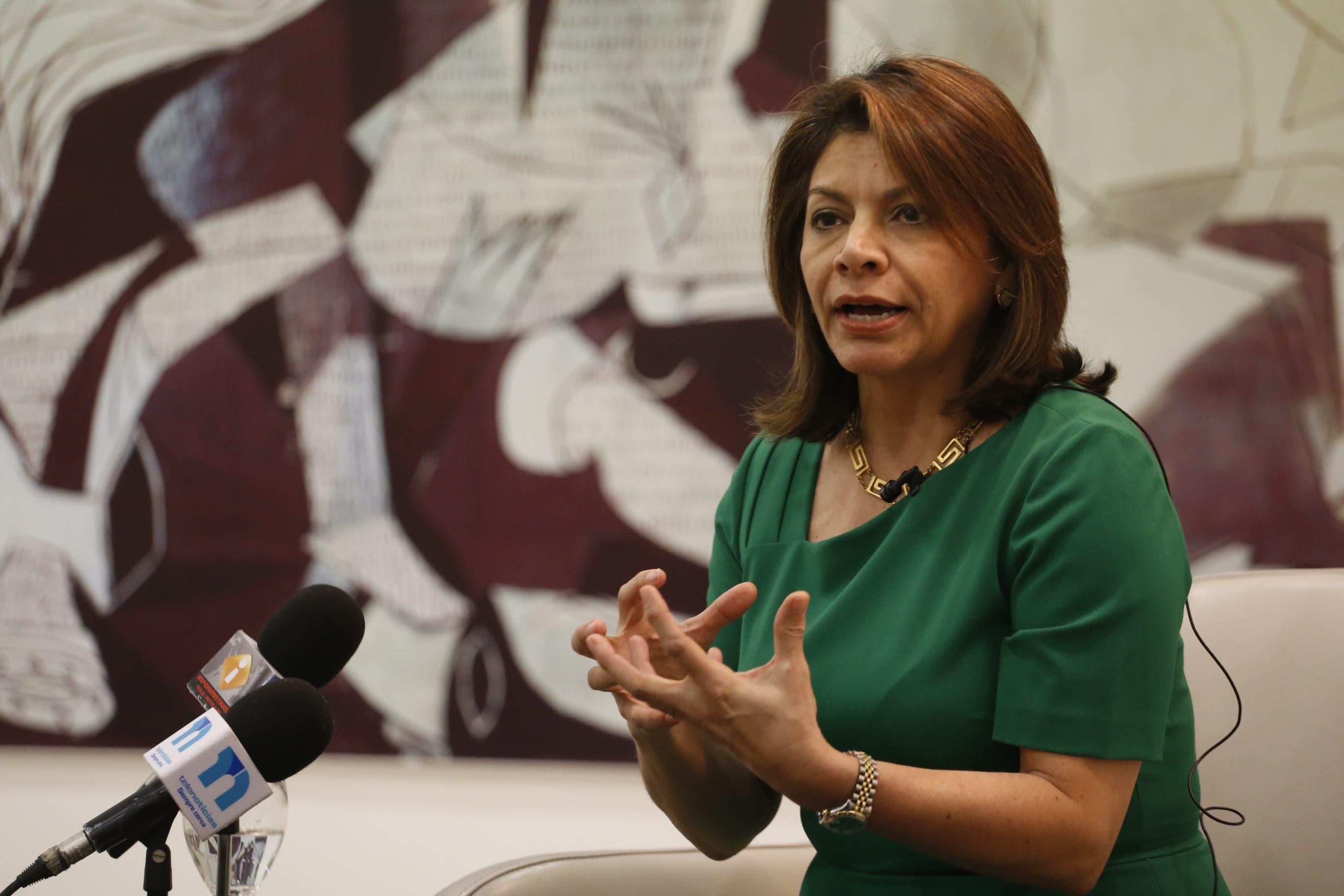 Conozca porqué Laura Chinchilla felicitó a RD pese a obtener último lugar en Informe PISA sobre Educación